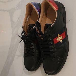 Gucci Men sneakers